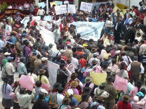 Ayacucho: afectados exigen cumplimiento de recomendaciones de la CVR