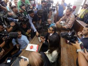 Egipto: periodistas de Al-Jazeera condenados a tres años de cárcel