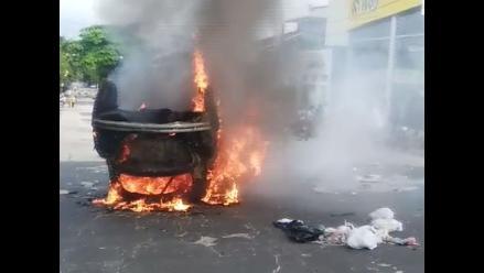 Lote 192: queman auto durante paro de 48 horas en Iquitos