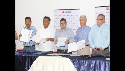Lambayeque: firman convenio para iluminación LED de parques