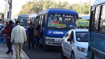 Gerente de transportes denuncia amenazas por anular licencia a empresas