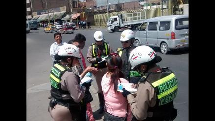 Arequipa: imponen papeletas a peatones que infringen normas de tránsito