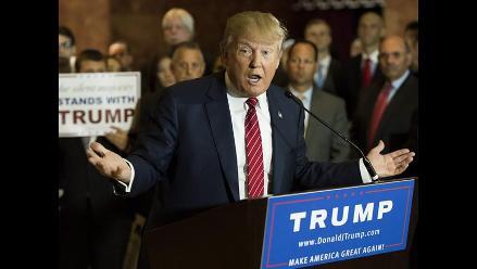 Activistas latinos piden una investigación criminal contra Donald Trump