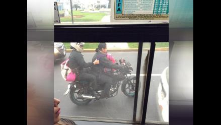 WhatsApp: Policías no respetan reglas de tránsito