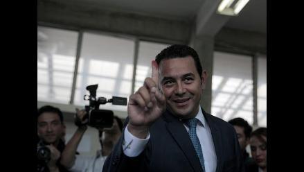 Jimmy Morales toma ventaja en las presidenciales de Guatemala