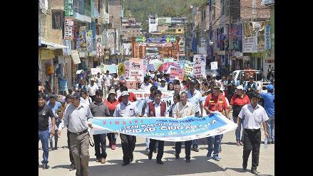 Ayacucho: alcaldes marchan a favor de campaña