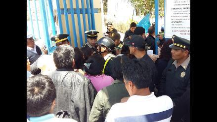 Junín: padres protestan por suspensión de examen de talentos a la UNCP