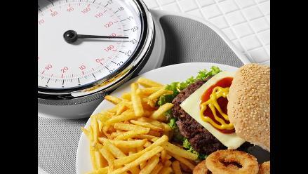 Siete alimentos que elevan el colesterol LDL, el malo