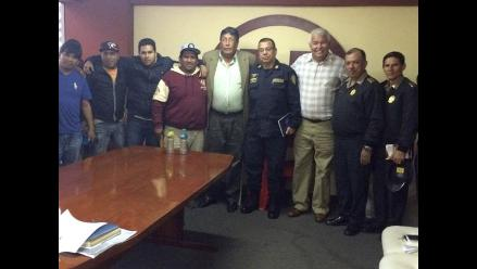 Universitario: Trinchera Norte firma acuerdo de 'No a la Violencia'