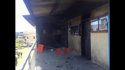Cajamarca: desconocidos incendian auditorio de UNC