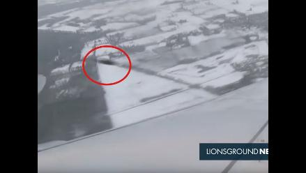 YouTube: Un aparente OVNI fue visto pasando cerca de un avión