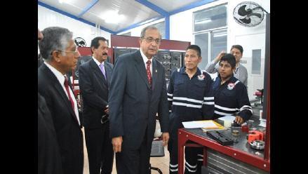 Daniel Mora a favor del desarrollo del instituto tecnológico de las FF.AA