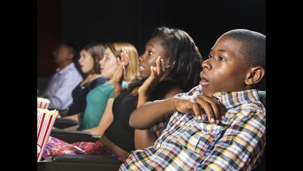 Descifran cómo reacciona tu cerebro cuando vas al cine