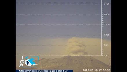 Moquegua: reportan emisión de cenizas del volcán Ubinas