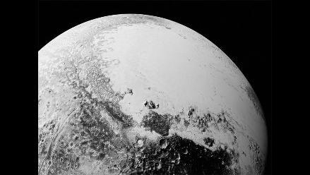 NASA revela imágenes de posibles dunas en Plutón