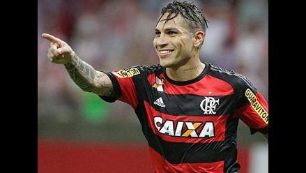 Paolo Guerrero: Flamengo saca gorras con diseño de la camiseta de Perú