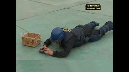 UDEX realizó demostración de desactivación de explosivos