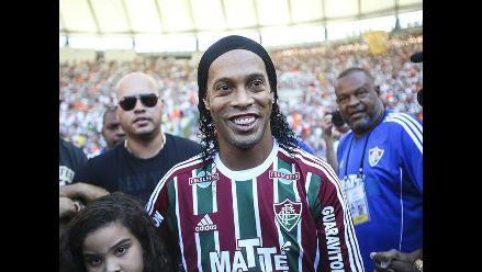 Ronaldinho saluda aniversario del Gremio y se gana el odio del Fluminense