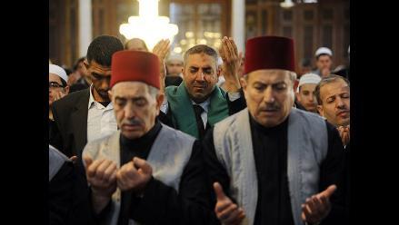 Miles de jordanos protestan contra Israel por restricción en mezquita