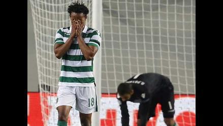 André Carrillo: afición del Sporting Lisboa le dedica especial banderola
