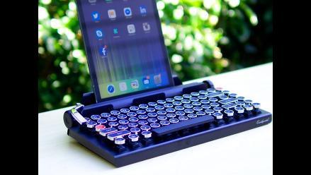 Inventan un teclado para tabletas al estilo de una máquina de escribir