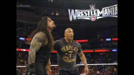 WWE: Roman Reigns no ve mala la idea de enfrentar a La Roca