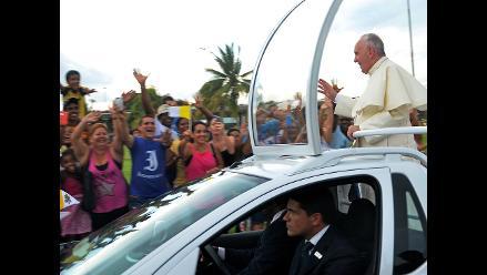 Papa Francisco dará misa multitudinaria y será recibido por Raúl Castro