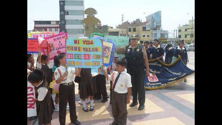 Chiclayo: autoridades se suman a la marcha contra la trata de personas