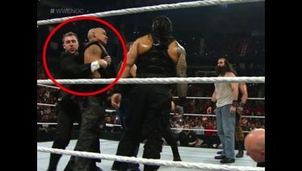WWE: fanático burló la seguridad y subió al ring en Night of Champions