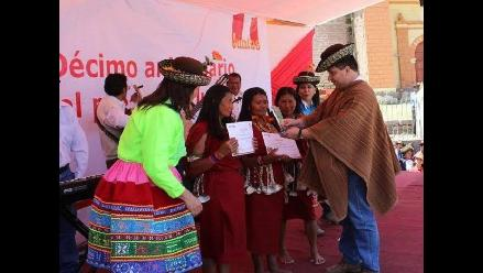 Premian a nativas ganadoras en aniversario de Juntos