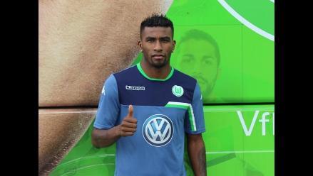 Carlos Ascues: con divertido hashtag piden al Wolfsburgo que lo haga debutar