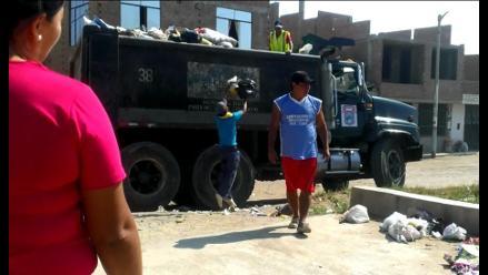 Chiclayo: recolectores de basura del municipio laboran en malas condiciones