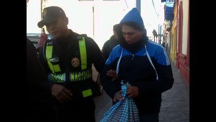 Laredo: acusado de robar celular se salva de ser linchado por vecinos