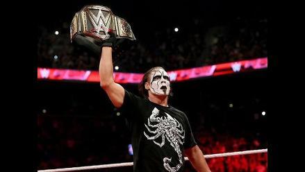WWE: Sting no descartó volver a pelear a pesar de su lesión