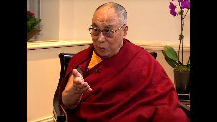El Dalai Lama se metió en problemas por hacer comentarios machistas