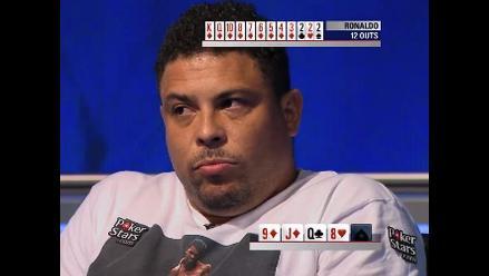 Facebook: el angustioso sufrimiento de Ronaldo en plena partida de póker