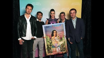 Katy Perry recibió Disco de Platino en Perú