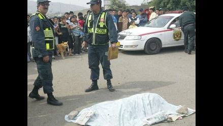 Puno: hallan cadáver de mujer apuñalada dentro de saco en La Rinconada