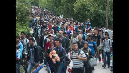 Hungría refuerza su estrategia de cierre de fronteras a refugiados