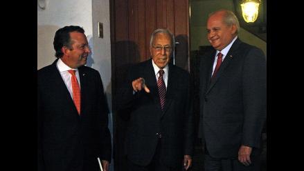 Pedro Cateriano se reúne con Luis Bedoya, líder histórico del PPC