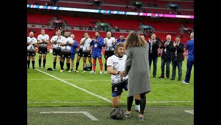 YouTube: Jugador de rugby pidió matrimonio en el mismísimo Wembley