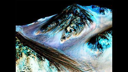 NASA: Agua en estado líquido corre por Marte durante los meses de verano