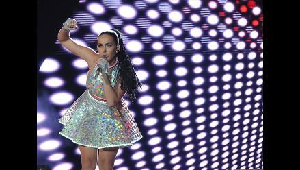 Katy Perry regaló a fanáticos una de sus prendas favoritas