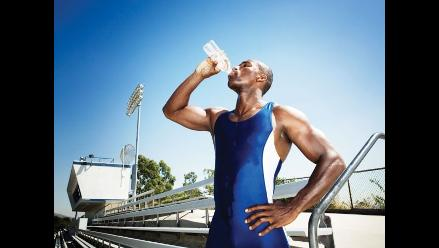 Rehidratante o agua: ¿Qué debo tomar en la Maratón RPP?