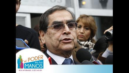 Ugarte: No hay garantías de que médicos especialistas trabajen en Perú