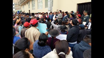 Huancayo: pobladores de Huayucachi protestan en el Poder Judicial