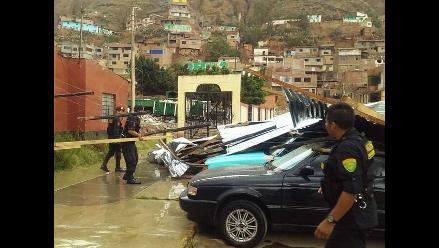 Huánuco: local policial resultó afectado por fuertes vientos