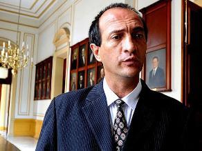 Eguren: Gana Perú por defender a Heredia es capaz de sacrificar al país
