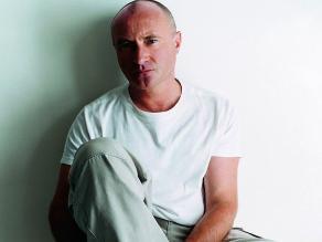 Phil Collins pone pausa a su retiro para dar concierto benéfico