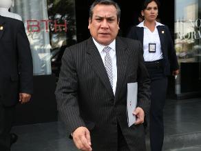 Pleno aprueba interpelar al ministro Gustavo Adrianzén